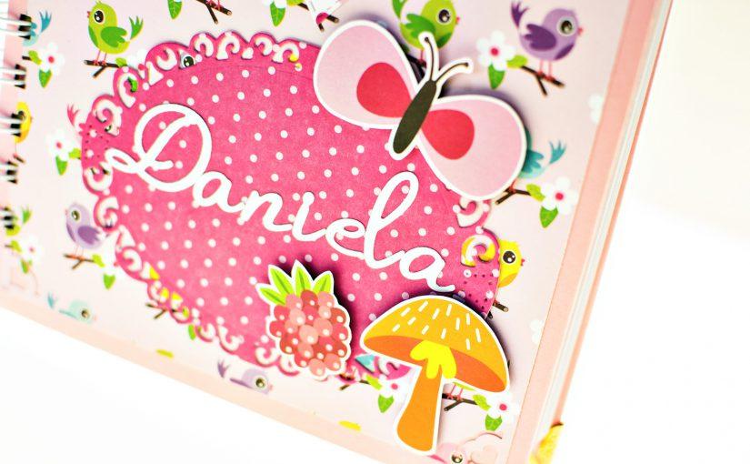 Un cuaderno rosa para Daniela
